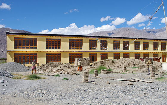 nubra-internatsgebäude